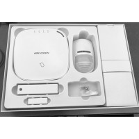Hikvision выпустила беспроводную панель сигнализации Axiom Wireless Alarm Hub